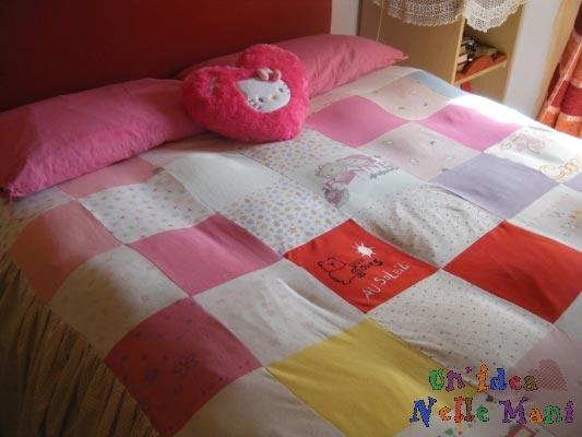 riciclo magliette, coperta patchwork, riciclo t-shirt, copriletto per bambini