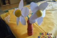 fiore di carta, lavoretti per bambini, pallina polistirolo, festa della mamma