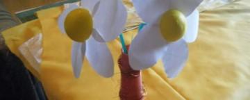 Lavoretti Bambini: come fare un fiore di carta