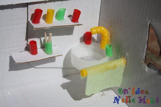 Bambini e riciclo come fare una casa delle bambole - Come fare per andare in bagno ...