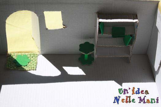 casa delle bambole fai da te scatola di cartone e cannucce