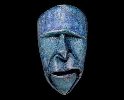 maschere artistiche con riciclo di rotoli di carta igenica