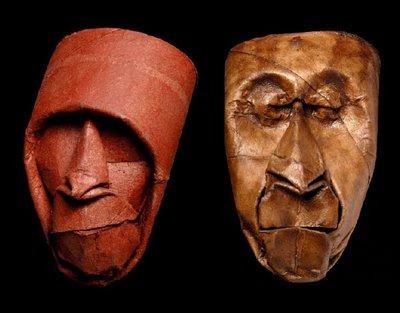 maschere artistiche con rotoli di carta igenica