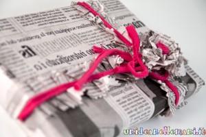 come incartare regali, regali natale, riciclo carta giornale