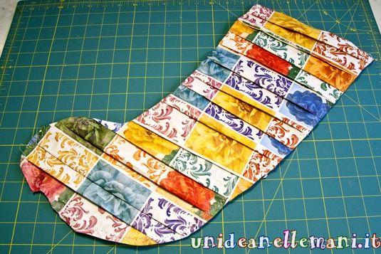 come fare una calza della befana, riciclo carta