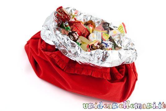 Decorazioni per la tavola come fare un porta caramelle con un sacchetto dei biscotti - Decorazioni tavola capodanno fai da te ...