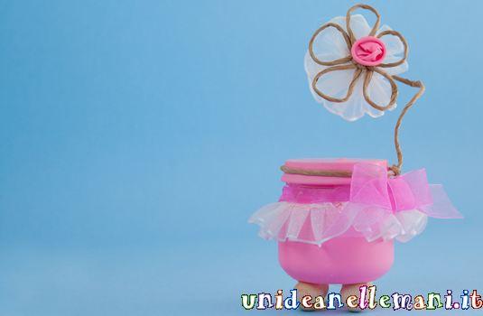 bomboniere fai da te, palloncini colorati, riciclo vasetti omogeneizzati