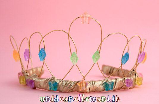 come fare corona da principessa, copricapo carnevale, corona regina fai da te