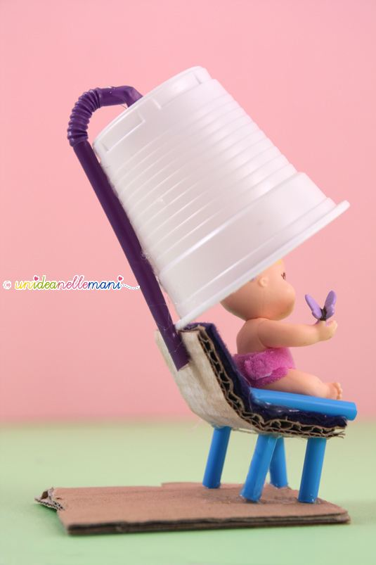 casco per capelli, giochi per bambini, paciocchini, riciclo, cannucce, casco per le bambole