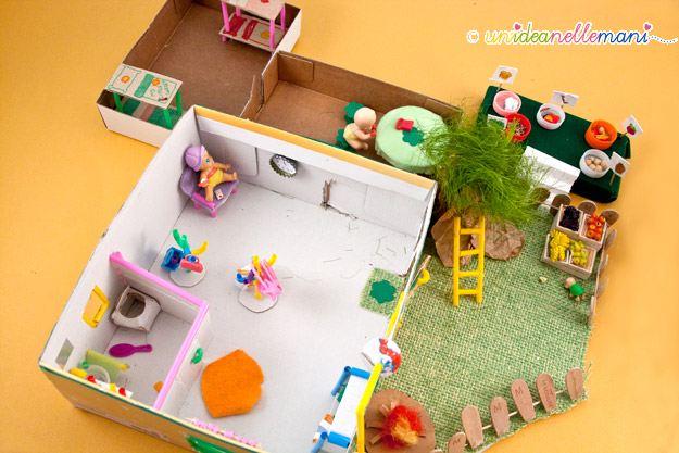La casa delle bambole fai da te con le scatole delle for Cose per la casa fai da te