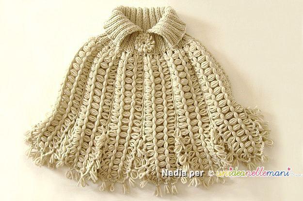 coprispalle a maglia, coprispalle di lana, lavori al telaio, cappa di lana, cappa a maglia, telaio stecca,