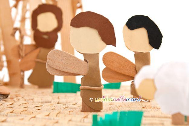 pastori presepe, presepe per bambini, presepe fai da te, presepe con materiali di riciclo, presepe originale, presepe con gli stecchi del gelato,