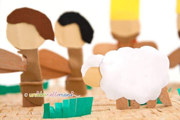 presepe per bambini, presepe fai da te, presepe con materiali di riciclo, presepe originale, presepe con gli stecchi del gelato,