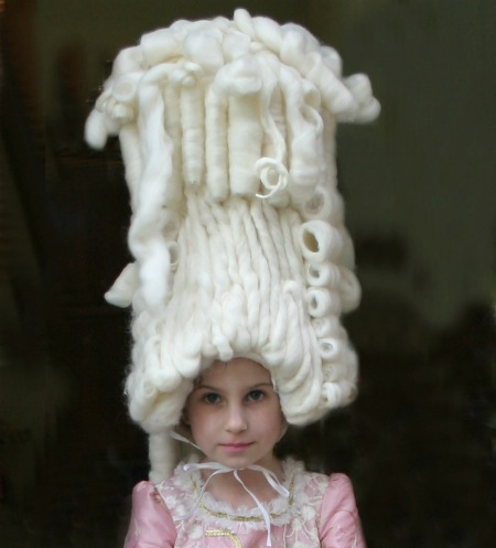 parrucca da mariantonietta, parrucca da dama, parrucca di lana, parrucche carnevale,