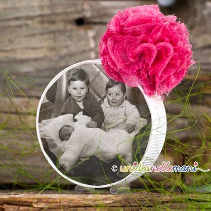 Idee regalo Festa della Mamma: tanti portafoto con i tappi d...