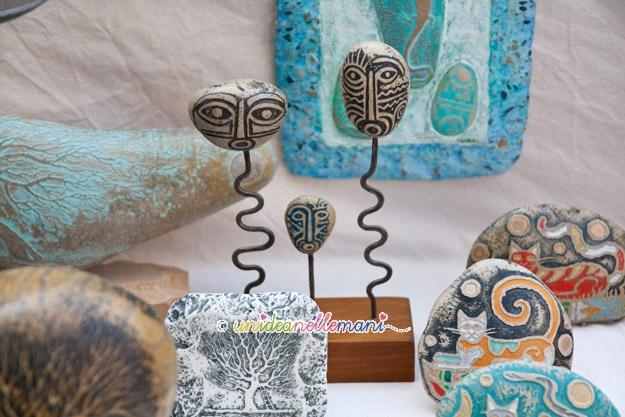 sassi dipinti a mano, sassi decorati, sassi artistici, decorare sassi,