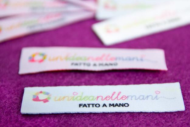 etichette stampate, etichette personalizzate, etichette fai da te, etichette stampate, etichette stoffa, timbro etichette, etichette logo, stampare su stoffa,