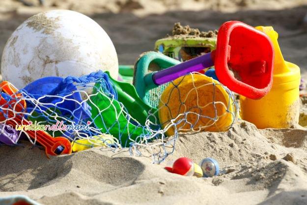 giochi da spiaggia, paletta, secchiello, giochi spiaggia, giochi mare, giochi sabbia,