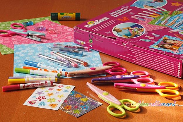 forbici decorative, pennarelli, penne glitter, adesivi, pennarelli crayola,