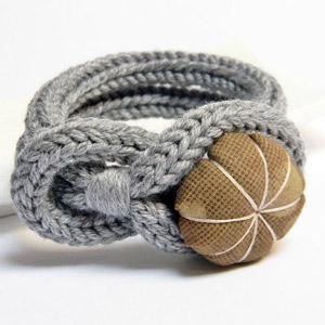 bracciale fatto a mano, bracciale in lana, bracciale a maglia,