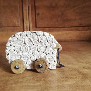 oggetti in ceramica, ceramiche a mano, ceramiche al tornio,