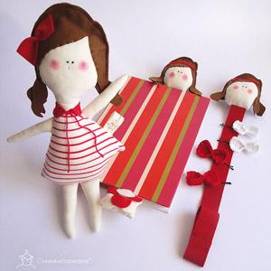 bambola in stoffa, giochi in stoffa, giochi cuciti a mano,