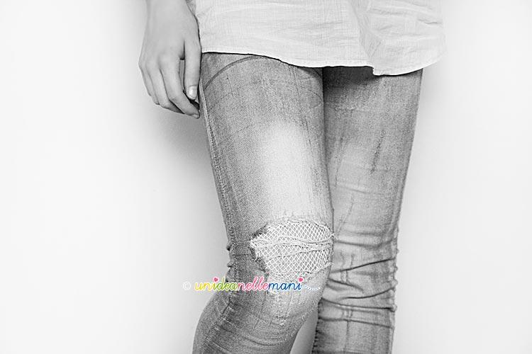 jeans strappati, toppe jeans fai da te, jeans decorati, rimediare jeans,