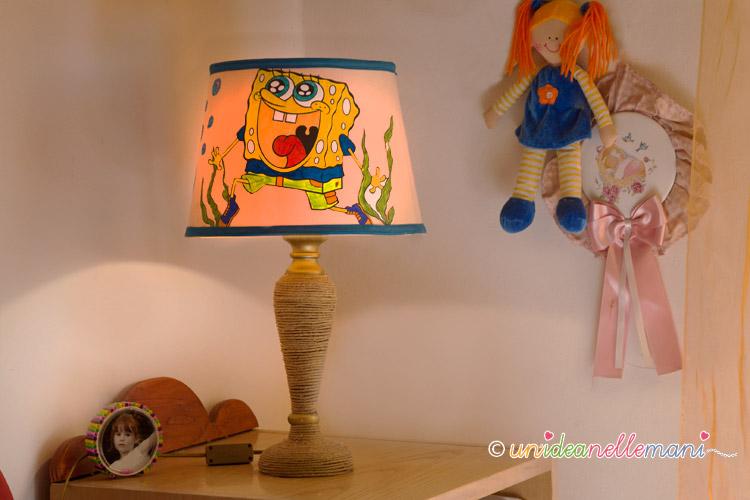 lampada fai da te, lampada per la cameretta, lampada per bambini, lavoretti per bambini,