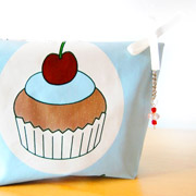 astucci-pochette-cupcake-in-tela-cerata