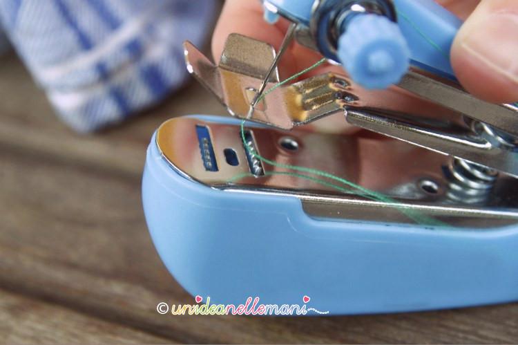 macchina per cucire piccola