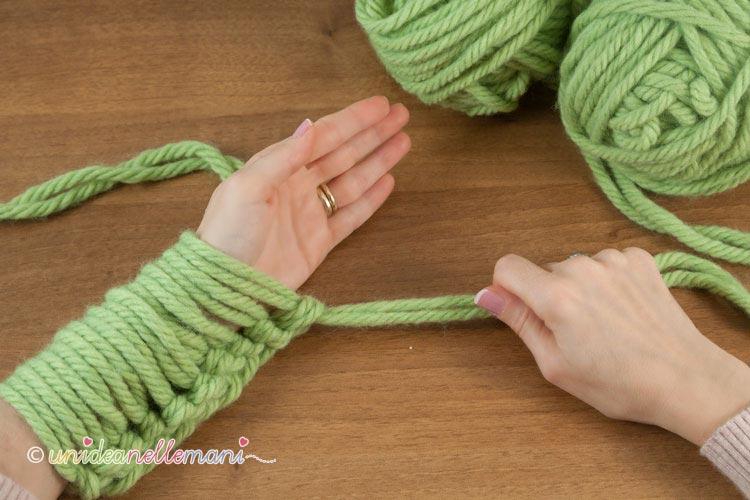 fare-la-maglia-senza-ferri-6