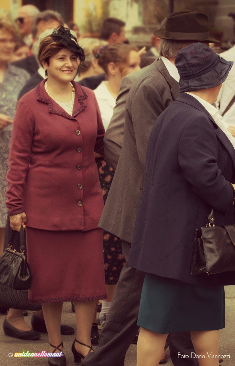 donne-con-abito-vintage