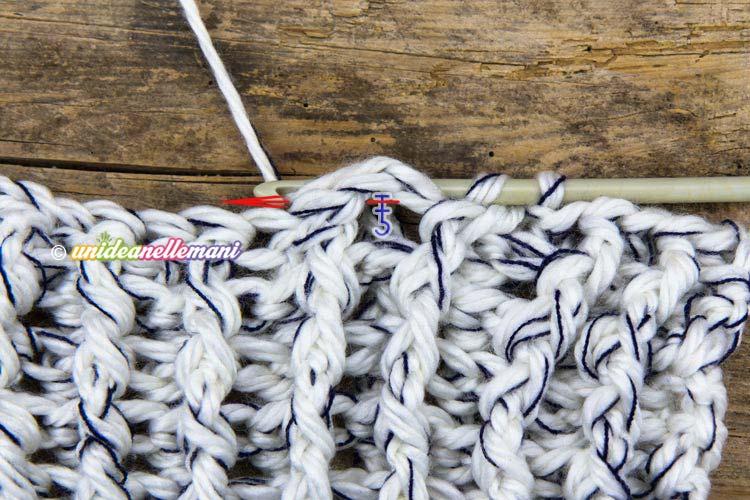 uncinetto maglia alta in rilievo dietro