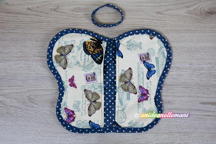 presina-di-stoffa-a-forma-di-farfalla